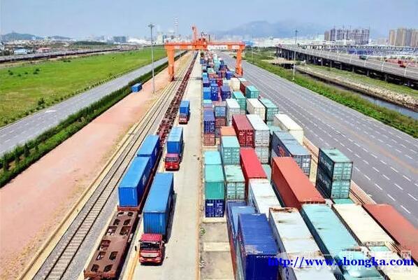 青海2017重点优化运力结构 厢式货车等五类货车迎发展