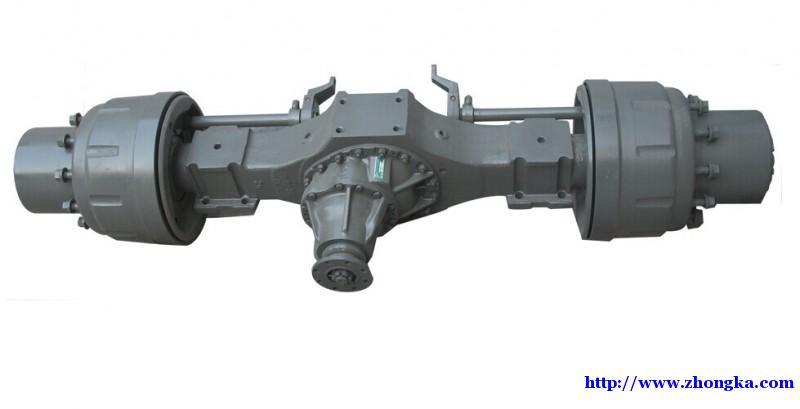 供应豪沃原厂配件AC16桥壳总成价格图片