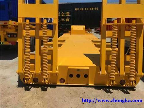专业生产挖掘机拖板运输半挂车