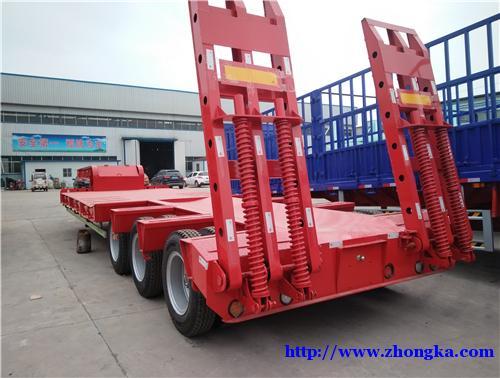 出售11米挖掘机运输半挂车厂家直销订做各种半挂车