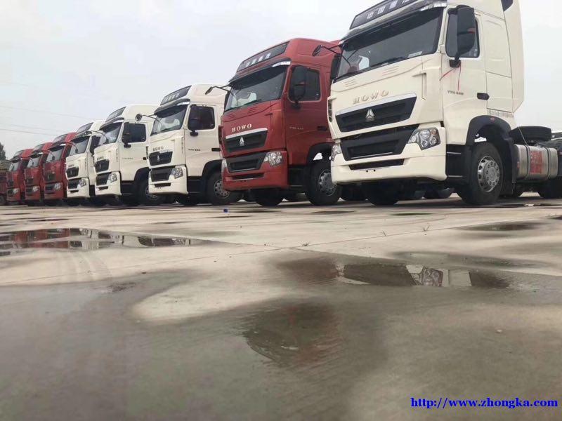 供应德国曼技术轻量化豪沃440马力T7牵引车价格