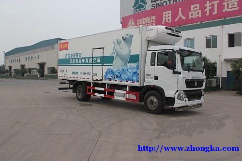 供应豪沃T5G6×4肉类水果冷藏车340马力价格