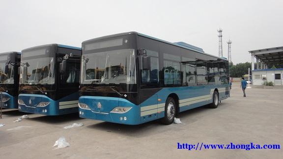 豪沃国六天然气长途旅游大巴客运车54坐配置参数报价图片