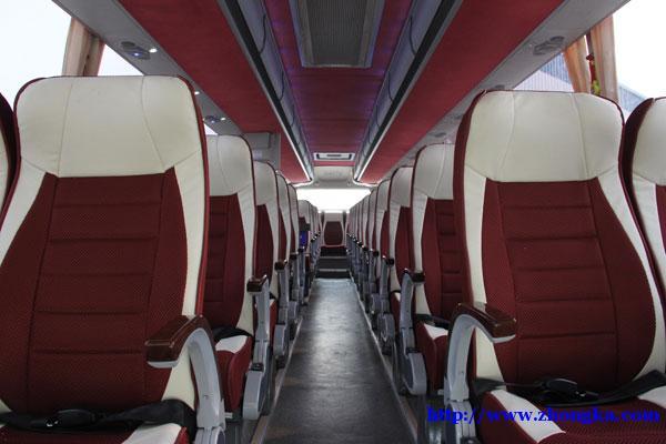 豪沃天然气国六(旅游团体大巴客运车55座)厂家促销报价