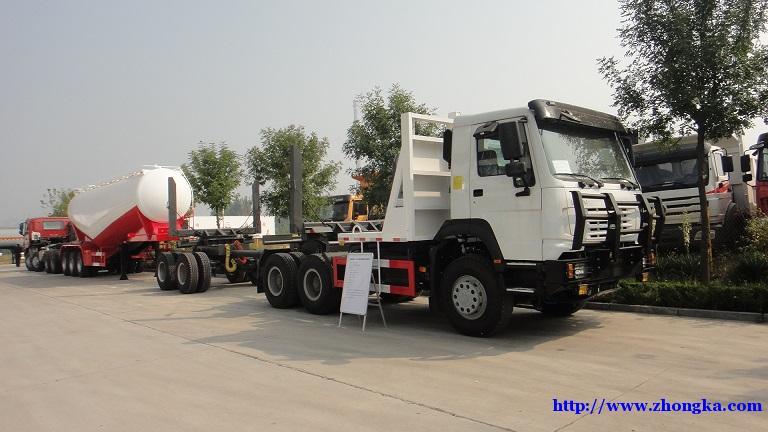 出口非洲(豪沃6×6全轮驱动森林圆木运输车)促销报价