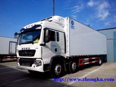 重汽豪沃TX7(9米6冷链肉类水果保鲜运输车)报价