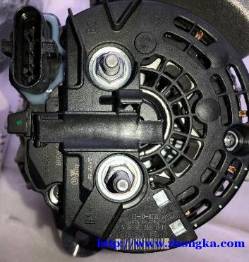 0124555017沃尔沃FM9发电机