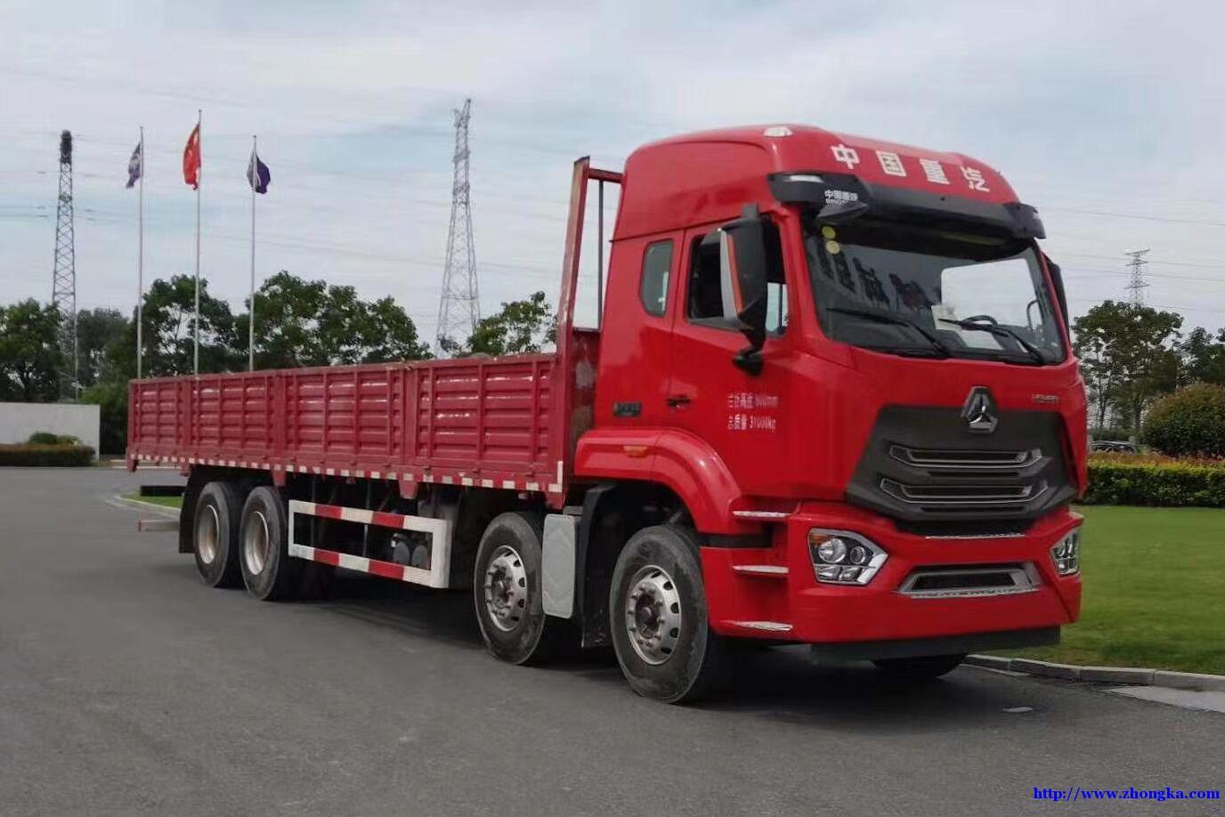 新款豪瀚440马力栏板载货车配置价格