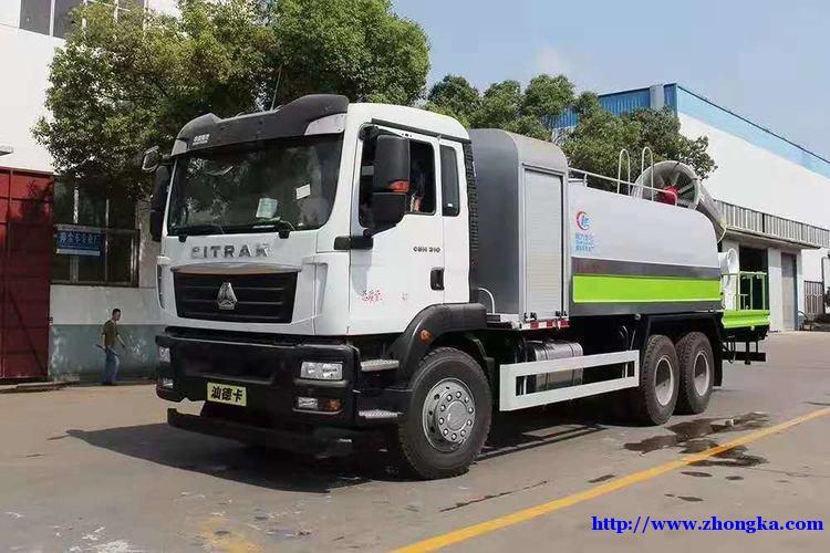 重汽9米6汕德卡国六冷藏车配置参数报价